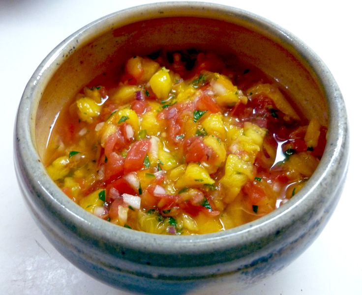 Peach and Heirloom Tomato Pico de Gallo | Healthy Eating | Pinterest