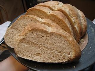 Basic Sourdough Bread vegan | Eat Drink and be Merry | Pinterest