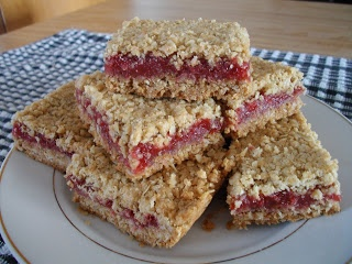 Raspberry Oatmeal Cookie Bars | Eat This! | Pinterest