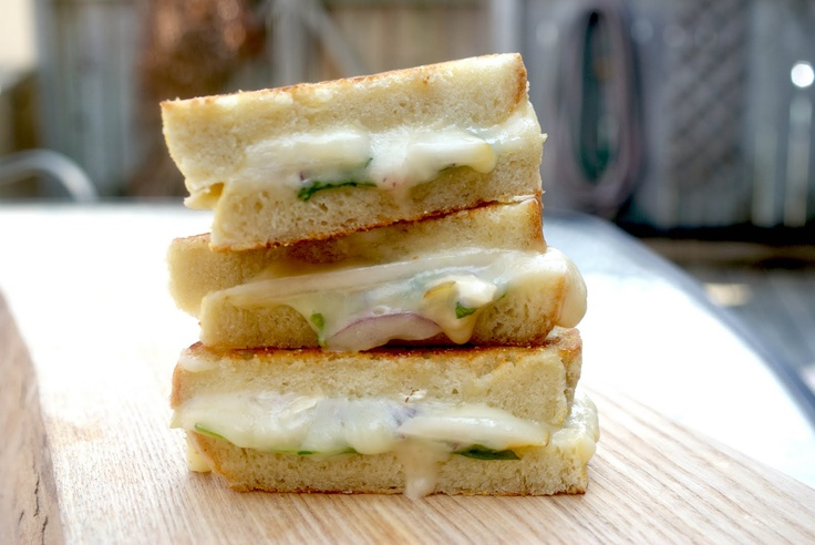 Grilled Brie & Pear sandwich. This would be SO badass with a glass of ...