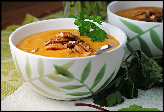 Meatless Monday: Sweet Potato, Apple, and Chipotle Soup
