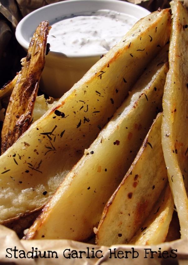 Stadium Garlic Herb Fries | Recipes | Pinterest