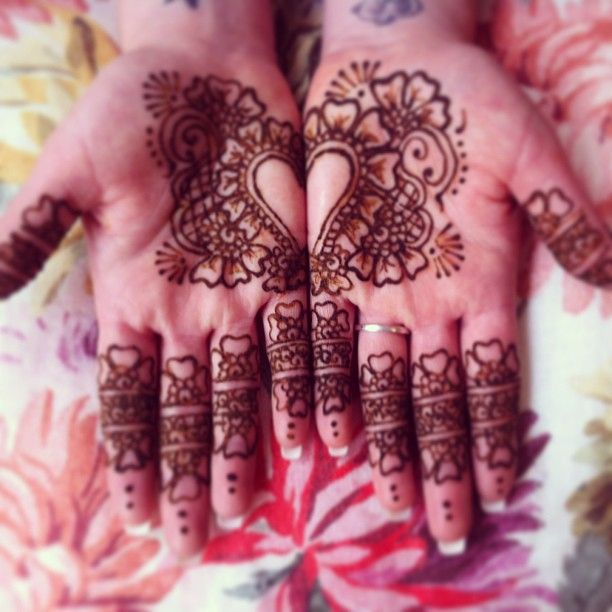 Mehndi Ceremony Hashtags : Model henna mehndi hashtags makedes