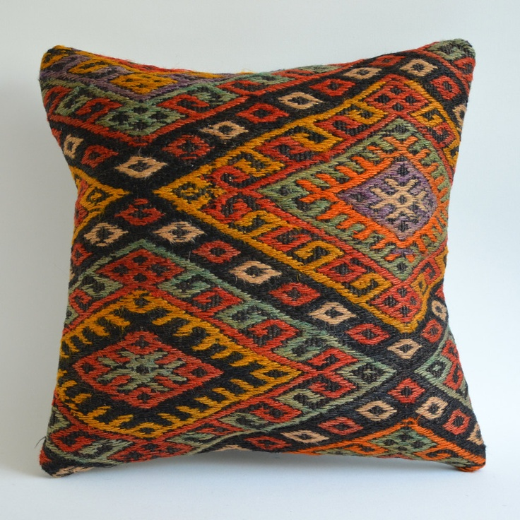 Modern Tribal Pillows : Sukan / Modern Bohemian Throw Pillow. Handwoven Wool Vintage Tribal T?