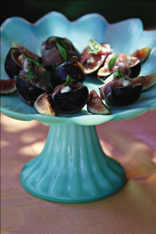 Black mission figs stuffed with gorgonzola, wrapped in prosciutto de ...