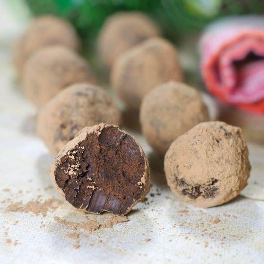 easy dark chocolate avocado truffles | Food | Pinterest