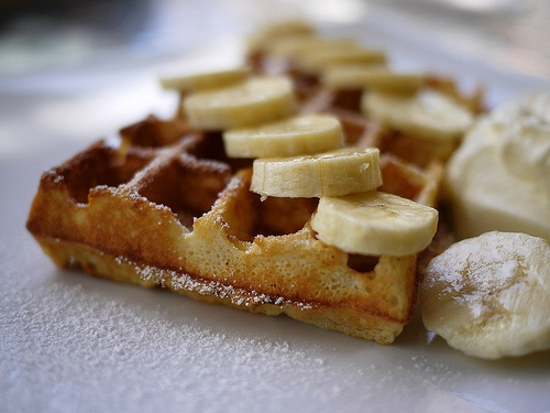 Waffles with Bananas and Cream