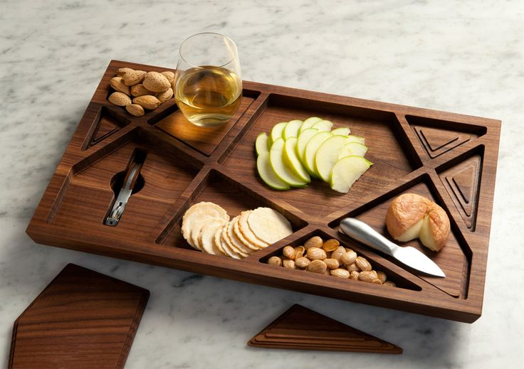 PUZZLE WINE TRAY BY MATERIOUS