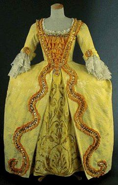 Le costume feminin de 1660 à 1715  1690-1725 (Late Baroque)  Pinter ...