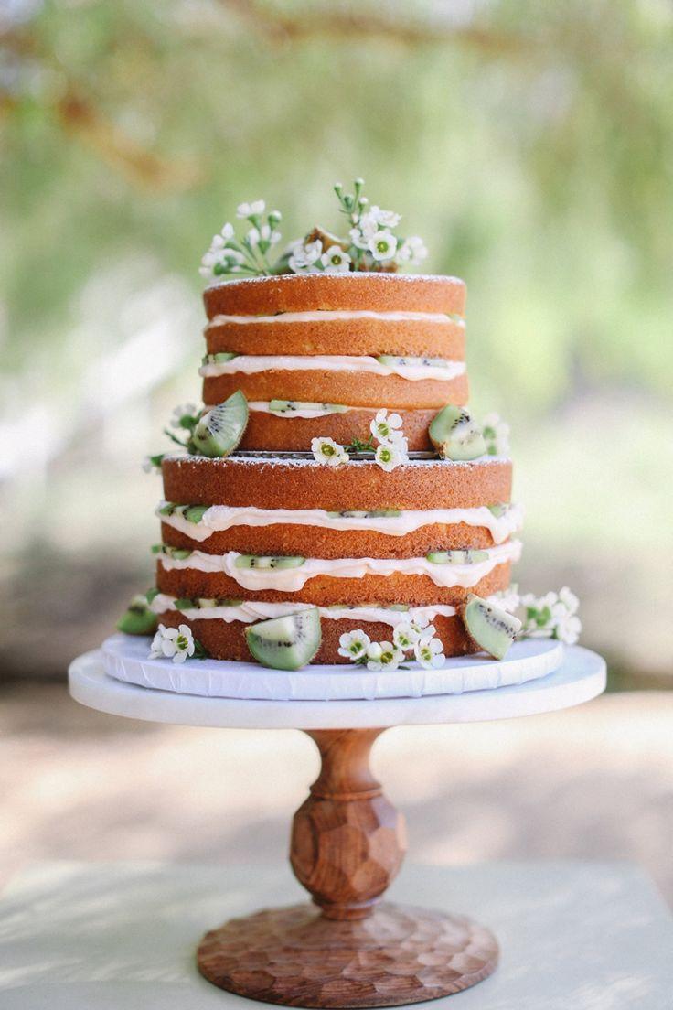 kiwi-adorned naked cake