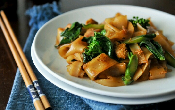 Pad see ew | Recipes, Concoctions, Creations | Pinterest