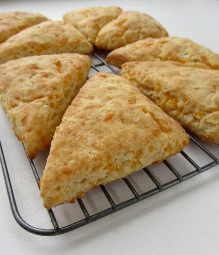 Cheddar Cheese and Buttermilk Scones | 3. Food Recipes 3 | Pinterest