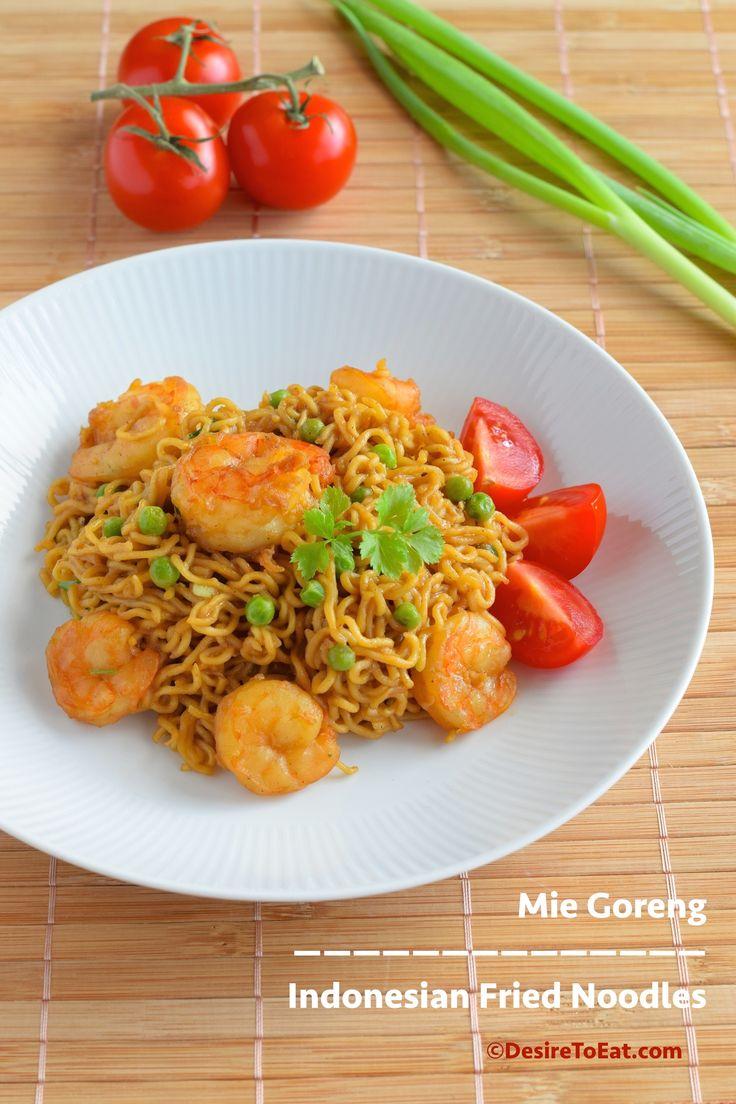 Indonesian fried noodles (Mie goreng) | DesireToEat.com | Pinterest
