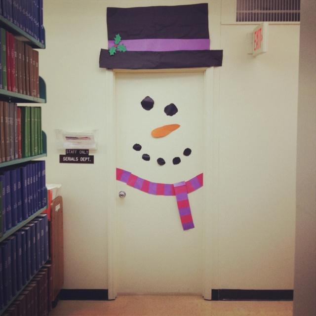 Snowman door! | cool classroom ideas | Pinterest