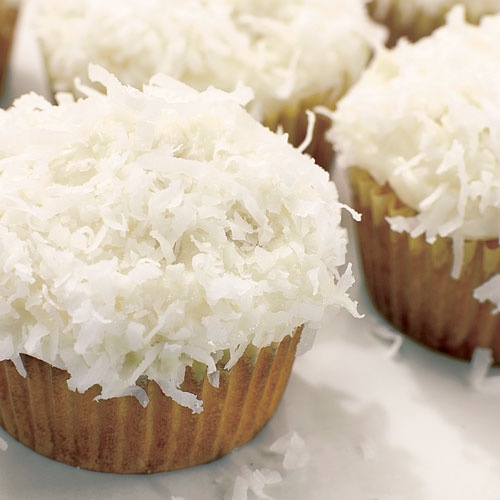 coconut cupcakes | FOOD | Pinterest