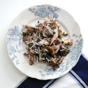 Warm Mushroom Salad - Love Mushrooms! Recipe from #saucemagazine
