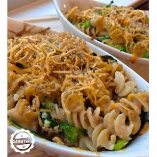 broccoli and basil mac and cheese via With Peanut Butter on Top