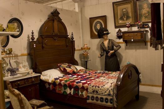 civil war era bedroom furnishings