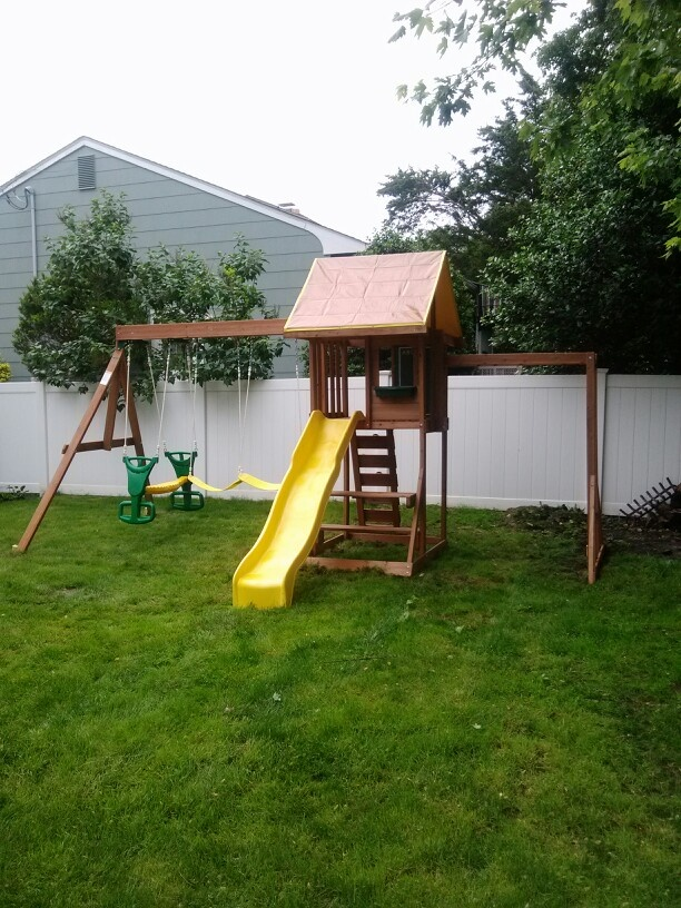 big backyard cedarbrook playset from toys r us installed in