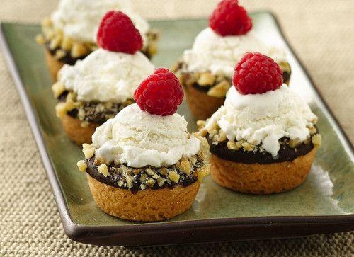 Mini ice cream cookie cups | Desserts | Pinterest