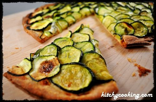 Zucchini & Goat Cheese Pizza | What I'm eating | Pinterest