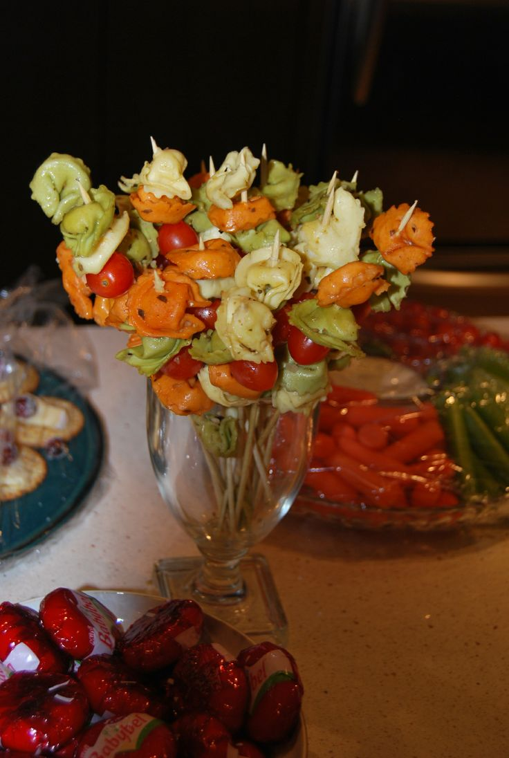 Holiday party appetizer ideas and weekend round up pin xmas for Appetizers decoration