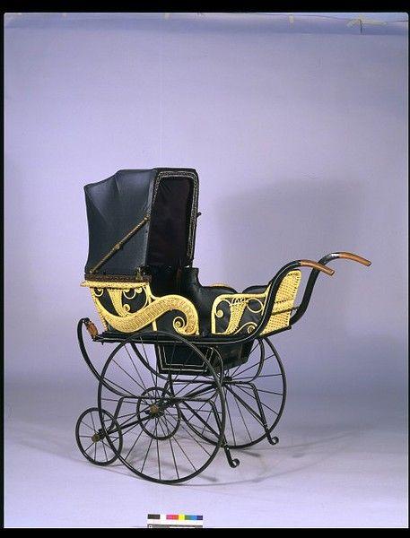Baby's perambulator  1905