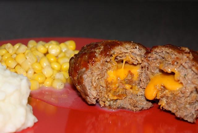 Cheddar Stuffed Mini Meatloaf | nom noms. | Pinterest