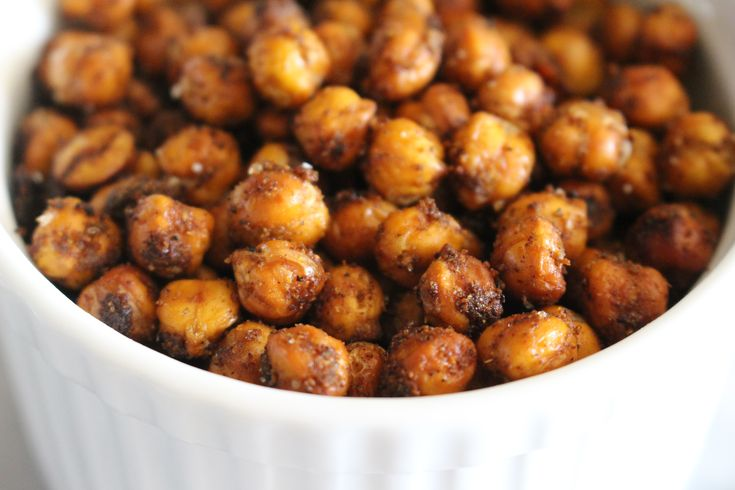 spiced crunchy vegan chickpeas from the domesticated wolf