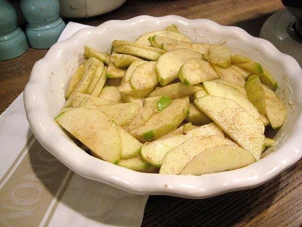 Apple Crisp ~ Oatmeal Crumb Topping | Did it. Success. | Pinterest
