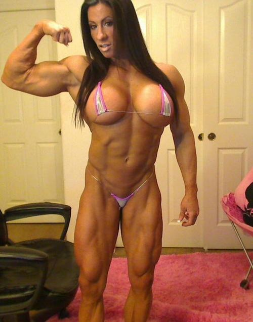 Nude muscle babes