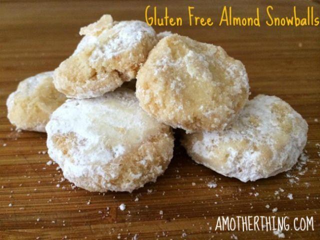 Gluten Free Almond Snowball cookies | Sans Gluten | Pinterest