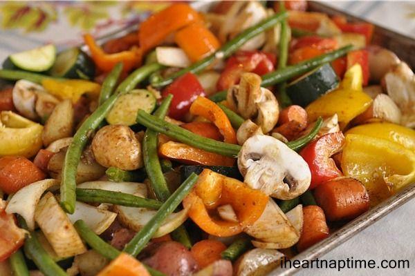Roasted winter vegetables vía http://www.yourhomebasedmom.com