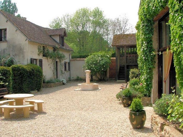 Estilo rustico patios rusticos patios jardines y for Patios y jardines
