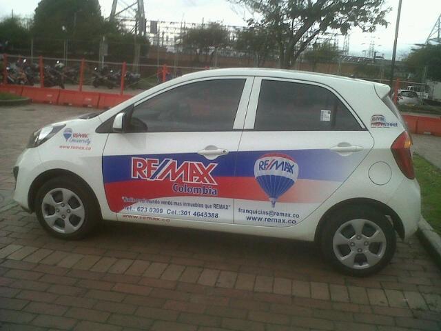 carros RE/MAX.