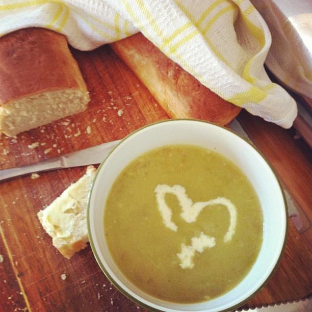 asparagus soup recipe...sounds like the asparagus soup at chez moi ...