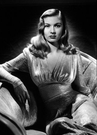 Veronica Lake in a dress designed by Edith Head for the movie 'This Gun For Hire'