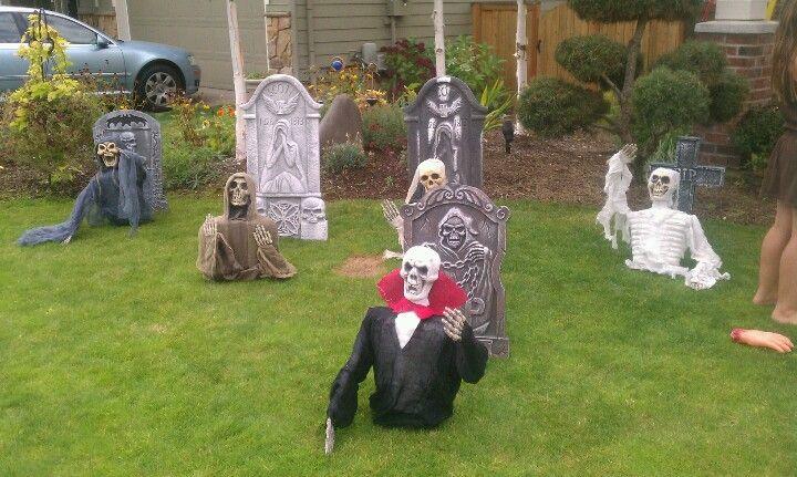 Halloween decoration ideas for classroom - Halloween Graveyard Ideas Halloween Cemetery Pinterest
