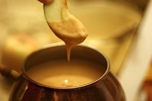 Caramel Fondue (great alternative--or companion--to chocolate fondue ...