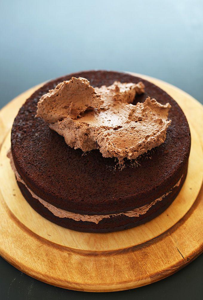 ... this on my days off! 1 Bowl Vegan Chocolate Cake! minimalistbaker.com