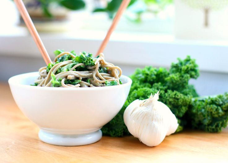 Produce on Parade: Soba Noodles and Kale with Avocado Miso Sauce