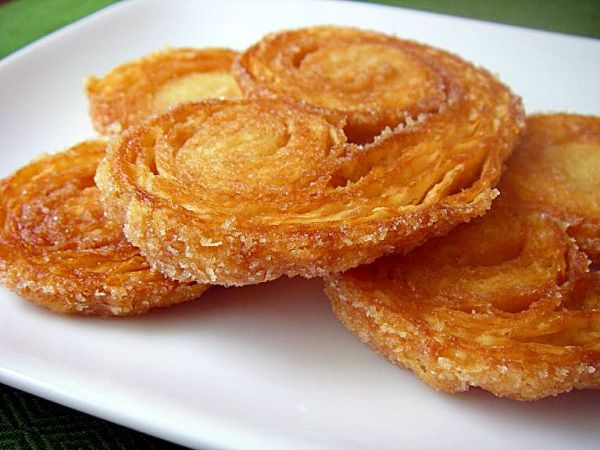 Palmiers made with puff pastry