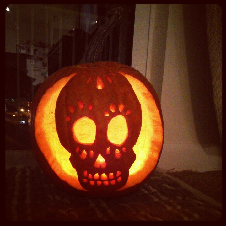 Skull pumpkin carving haloweeeeennnnnn pinterest