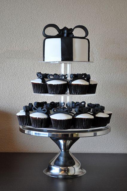 Pin by Cupcake Fanatic on Beautiful Wedding Cupcake Ideas | Pinterest