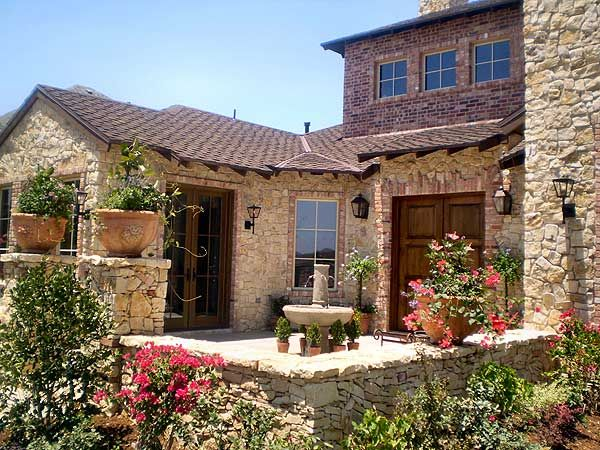 Hill country courtyard stunner Tuscan style house plans