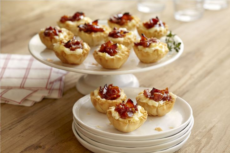 Baked Cheese and Bacon Jam Bites | Crispy bite-sized shells with a ...