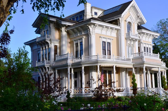 Pin by donna dixon on victorian italianate pinterest for Victorian house trim