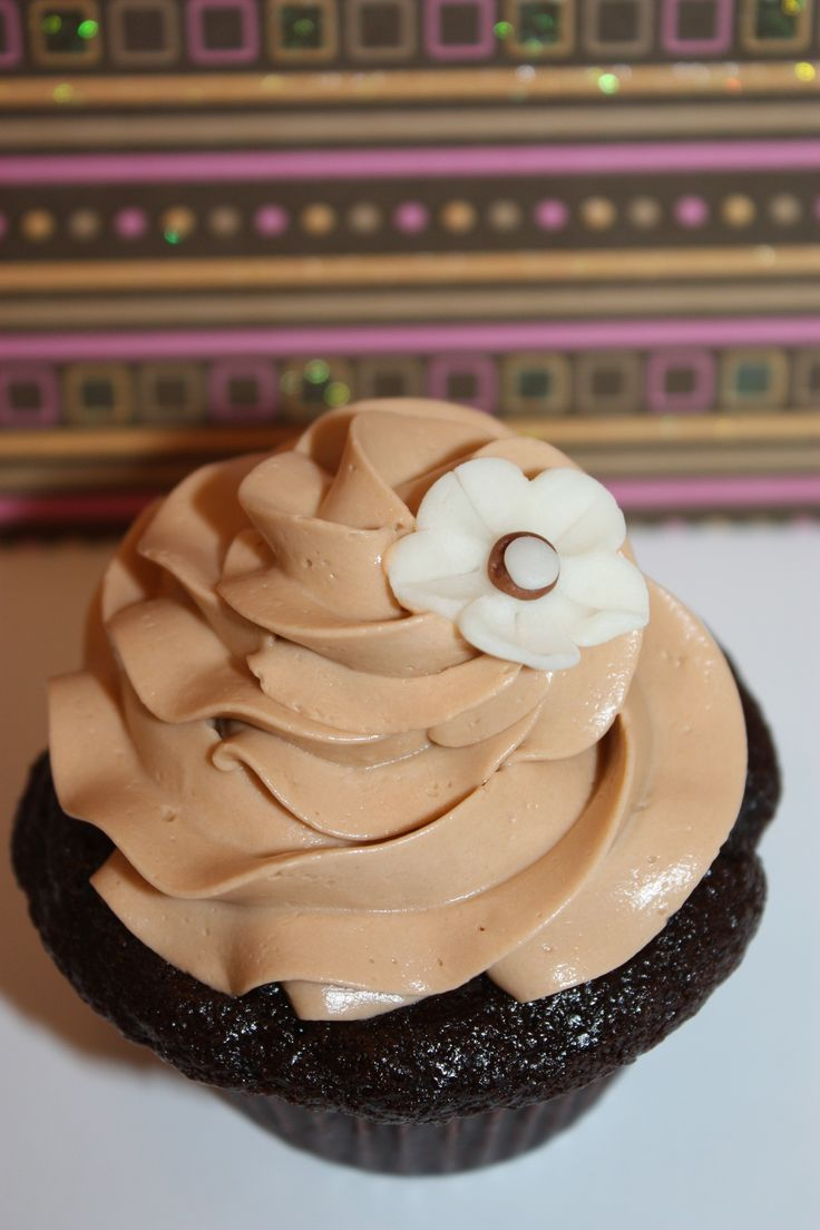 Caramel Swiss Meringue Buttercream | Sweet Things to Cook | Pinterest