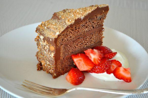 amaretto chocolate layer cake | Chocolate! Yes! Please! | Pinterest