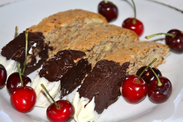 Cherry almond biscotti | Healthy snacks | Pinterest